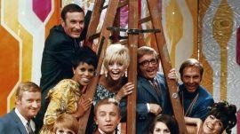 5.-Laugh-in-cast-photo-NBC-publicity-photo-800x450