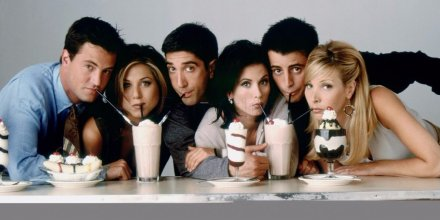 how-the-friends-cast-nabbed-their-insane-salaries-of-1-million-per-episode.png
